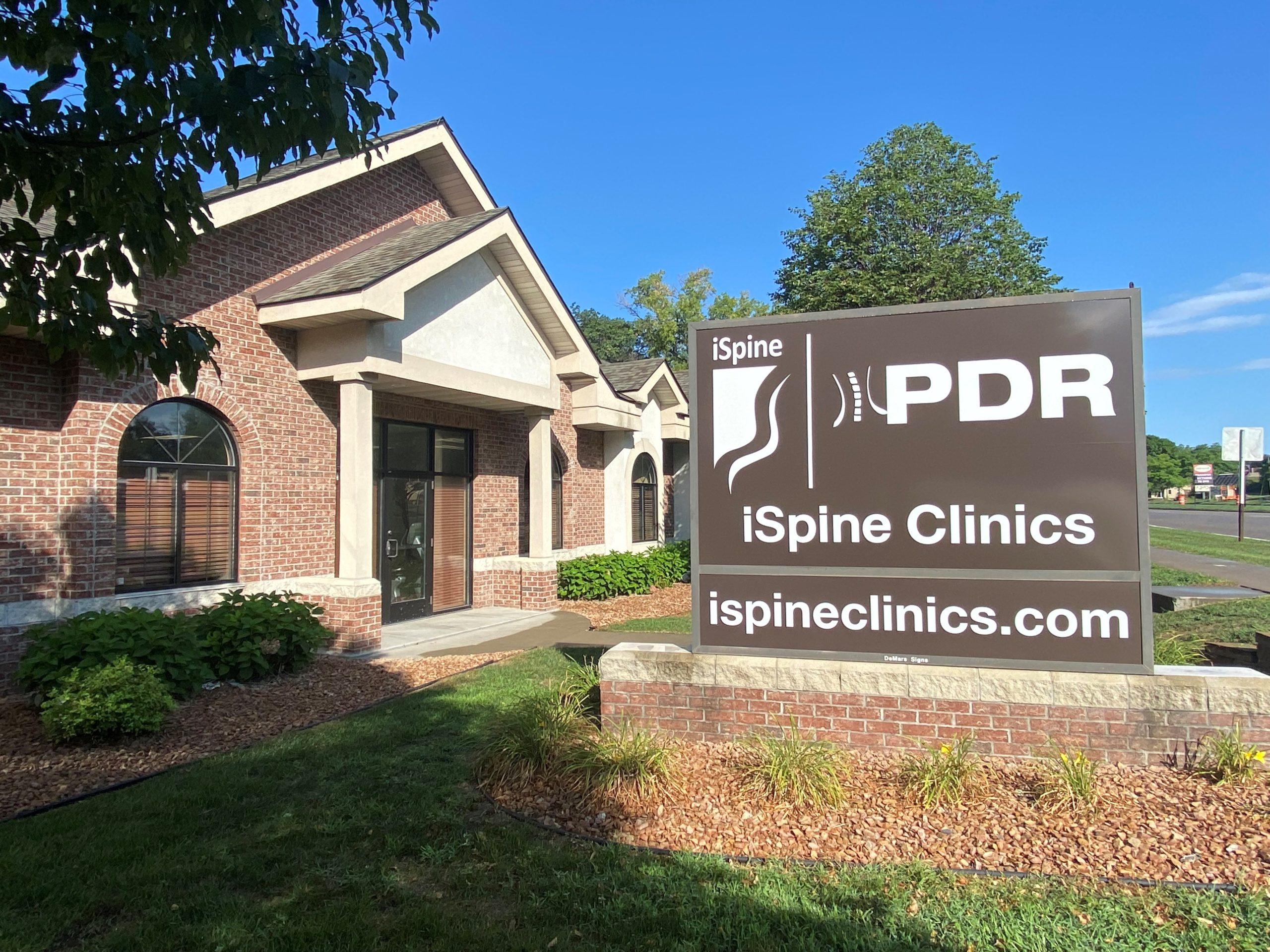 iSpine PDR Coon Rapids MN